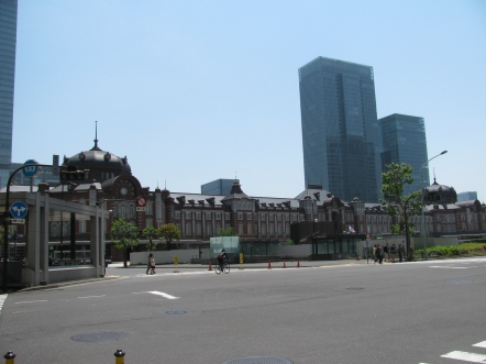 The magnificent facade of the Tokyo Station Building