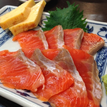 The most amazing salmon sashimi.